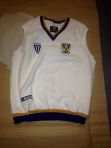 fearnley cricket slipover top size small x 17