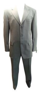 One Off Joblot of 5 Mens Varteks International Grey Spotty Suits 42L-62S