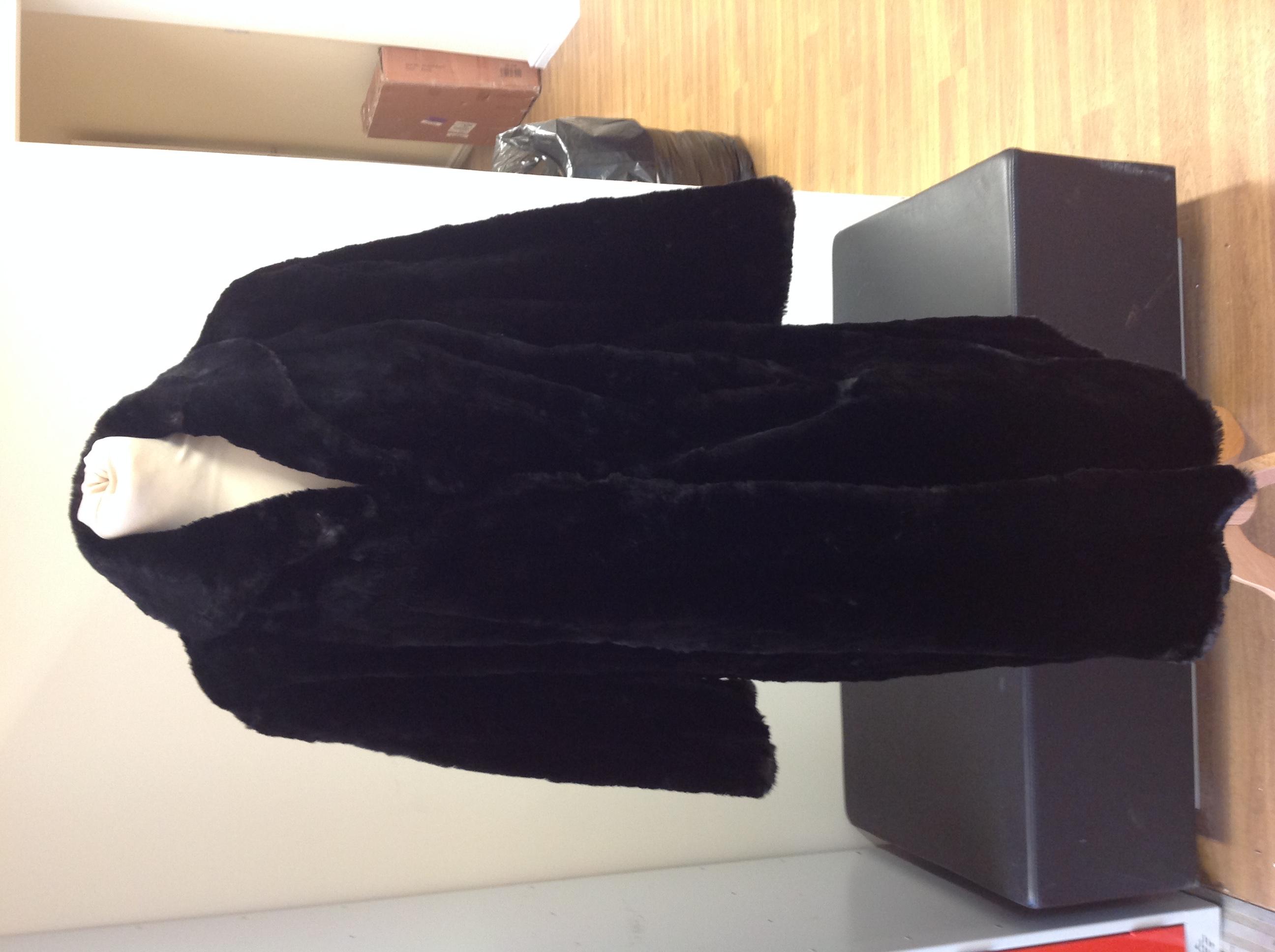 Job Lot of Real Fur Ladies Coats & Jackets Ref: Sku; Bag 2