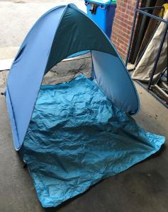 Wholesale Joblot of 50 2-Man Pop-Up Beach Tent Perfect for Children Blue