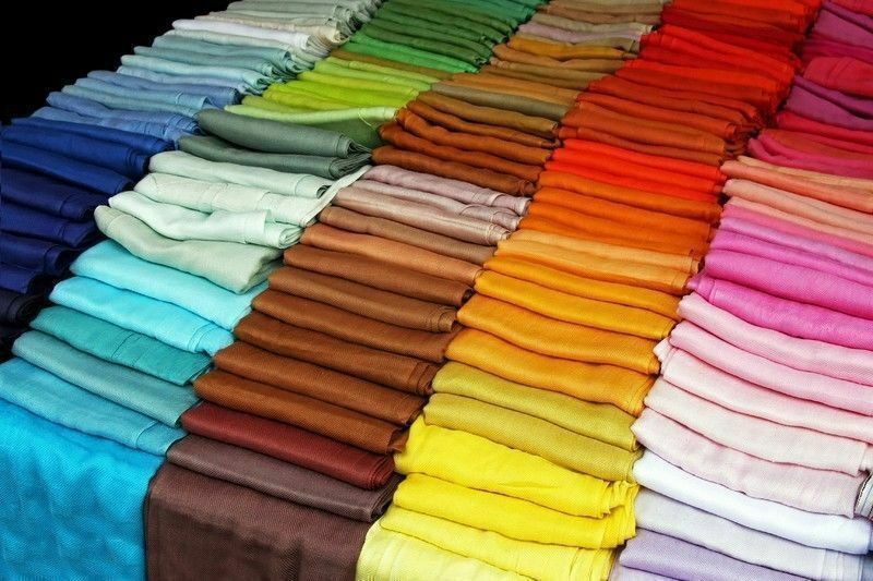 PLAIN VISCOSE PASHMINA 480 PCS WITH 35 COLORS