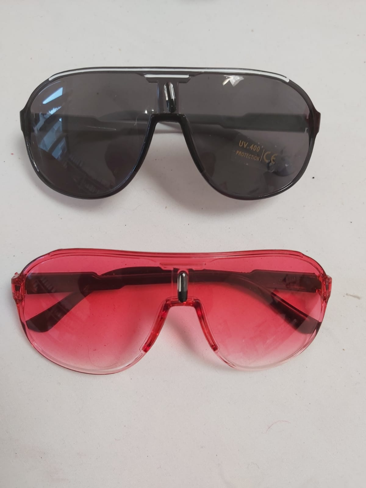 Kids Sunglasses 2 colors available Joblot of 24 individual in each Joblot