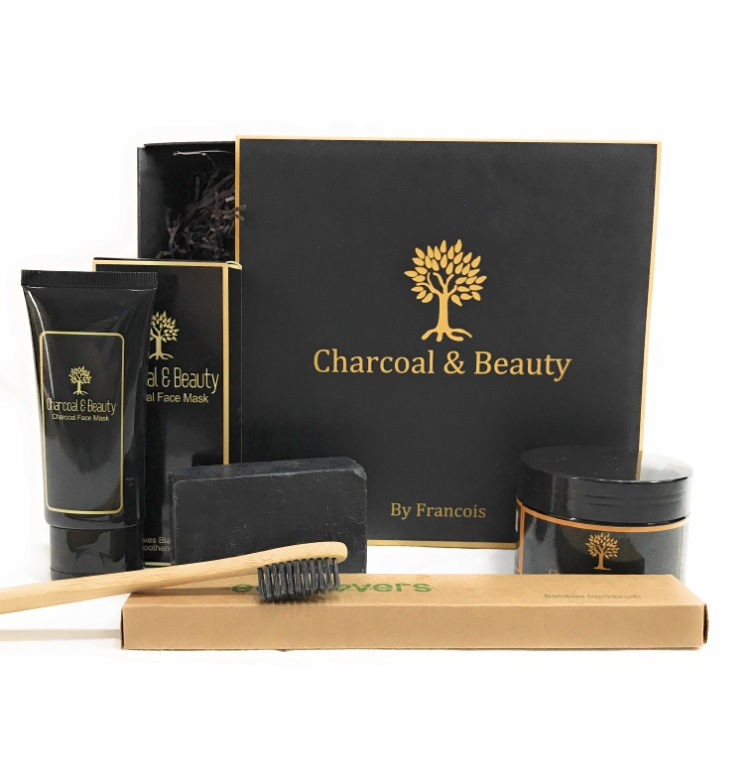CHARCOAL & BEAUTY: ACTIVATED CHARCOAL BEAUTY SET