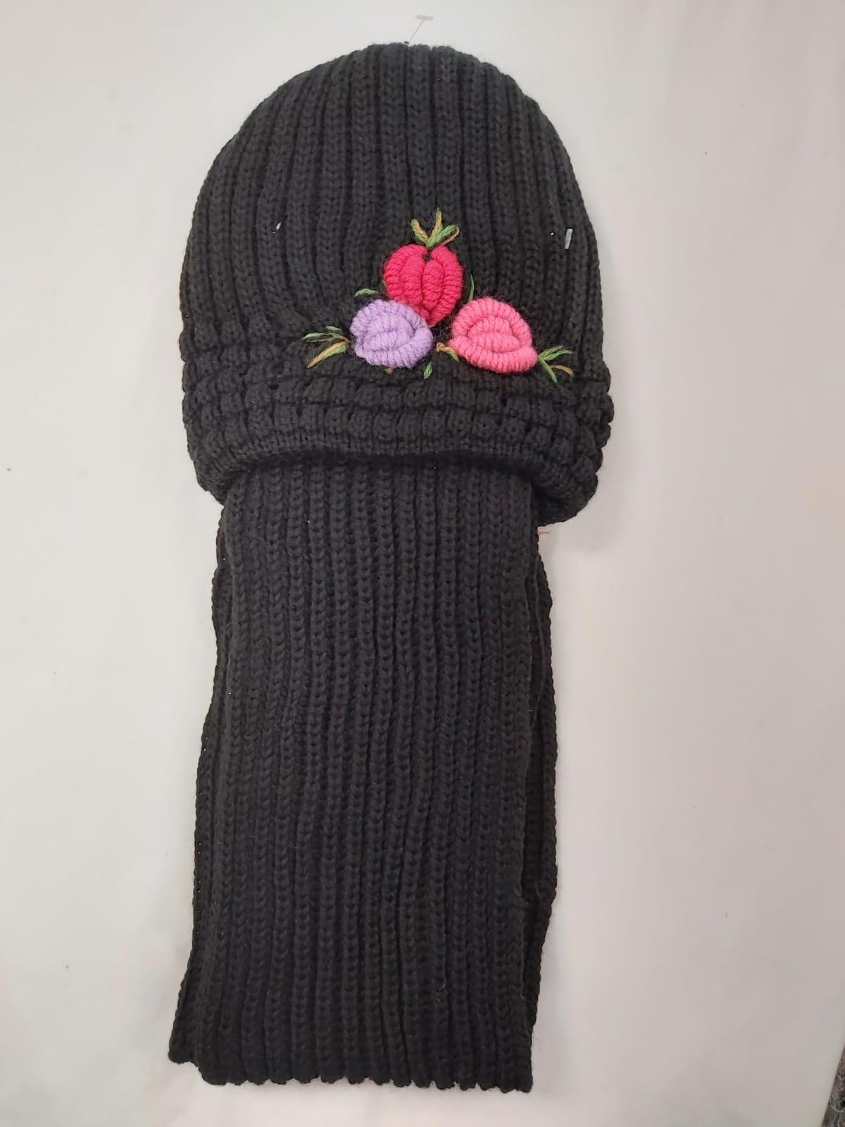 LADIES HAT AND SCARF SET WINTER WARM X12