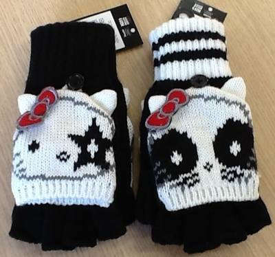 Officially licensed Hand Knitted Girls Hello Kitty Gloves - 12 Pairs of Gloves per Lot