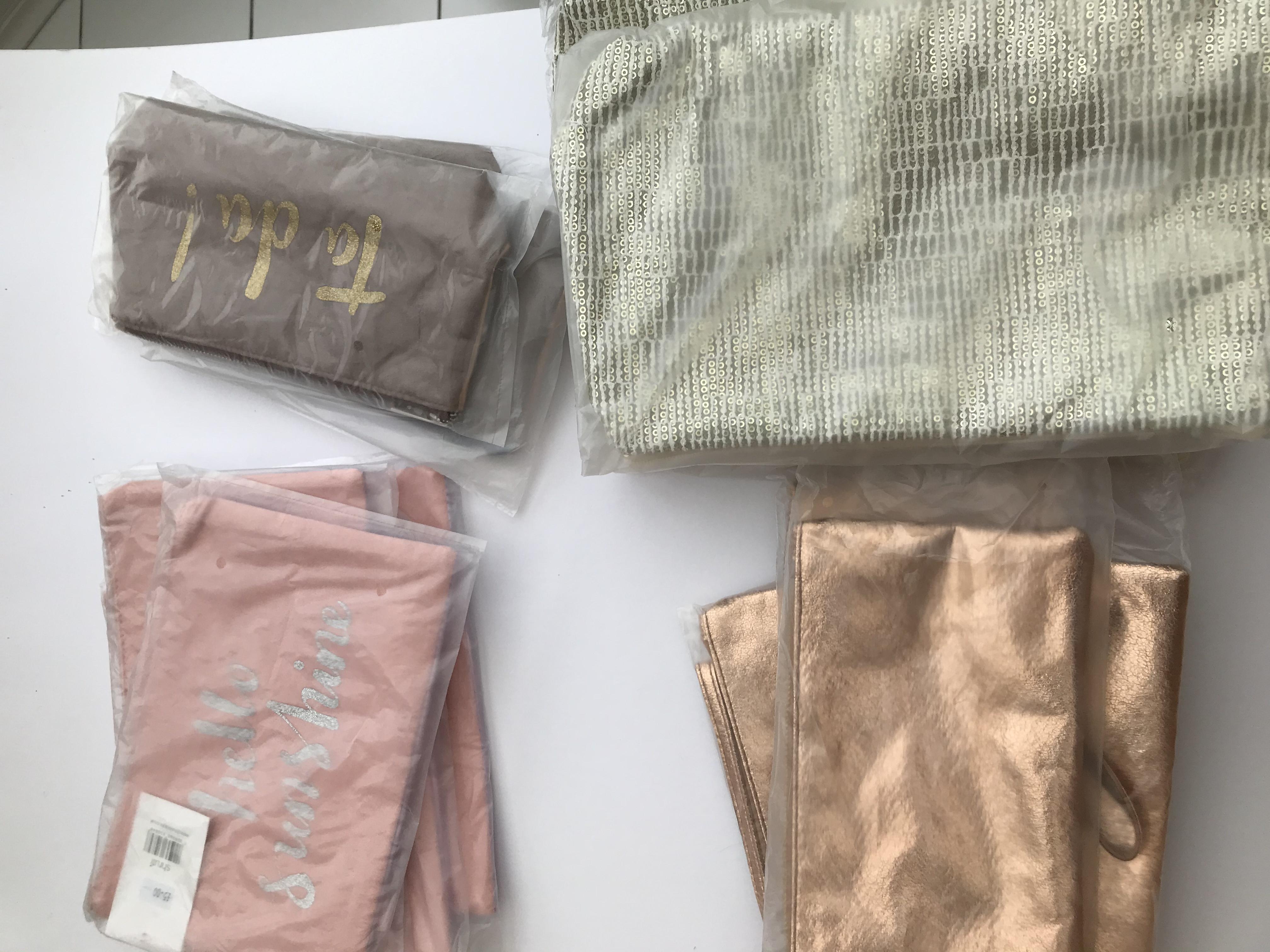 Cosmetic Bags (18)