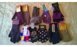 Joblot of 22 Assorted Winter Gloves