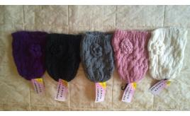 Joblot of 8 Ladies cable crochet & rose hats