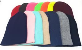 130x Beanie Hats Mixed Colours