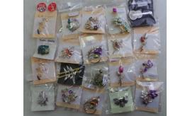 Wholesale Joblot of 100 Ladies Mixed Fashion Jewellery Brooch Badges