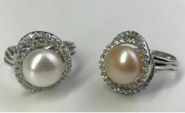 One Off Joblot Of 10 Ladies Faux Pearl And Crystal Swirl Rings Two Colours