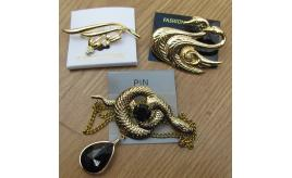 36 x Quality fashion brooches Swan, Snake ,Branch.  New and packed