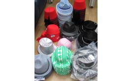 268 Fancy dress Hats with an RRP of £1179.32.  Fez, Pirate, Fedora etc