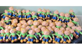 32 x Bob the builder `Wendy' Collectable soft toys in two sizes
