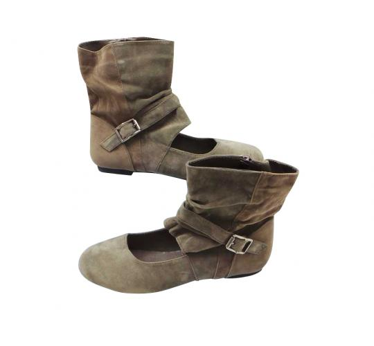Joblot of 10 Pairs of Flyfor Shoe Boots Khaki Ladies Velvet Feel DF21857