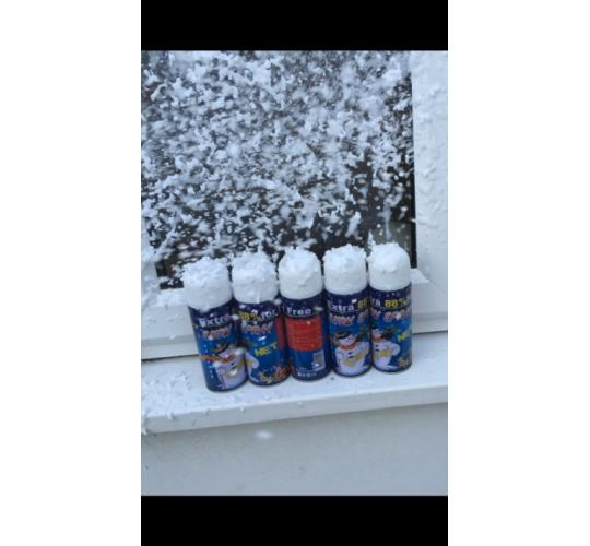19 cases (912 Cans) Christmas snow foam spray Xmas Artificial Flakes Decoration RRP over £3500