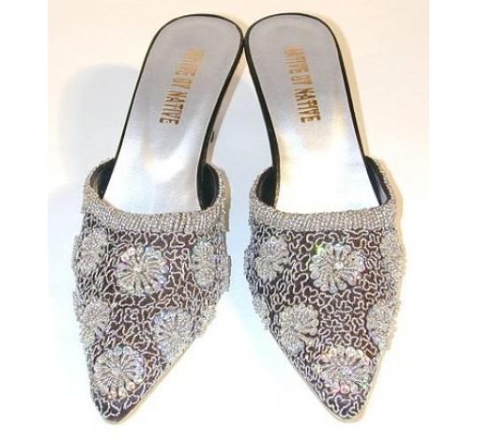 Ladies Embroidered Jewelled Evening Shoe