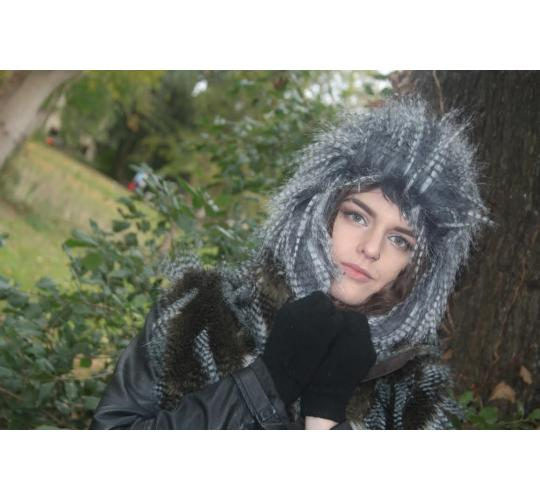 One Off Joblot of 40 Ladies Raccoon Styled Faux Fur Trapper Hats