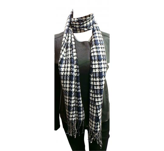 Wholesale Joblot of 24 Ladies White/Black/Purple Check Tassel Scarves