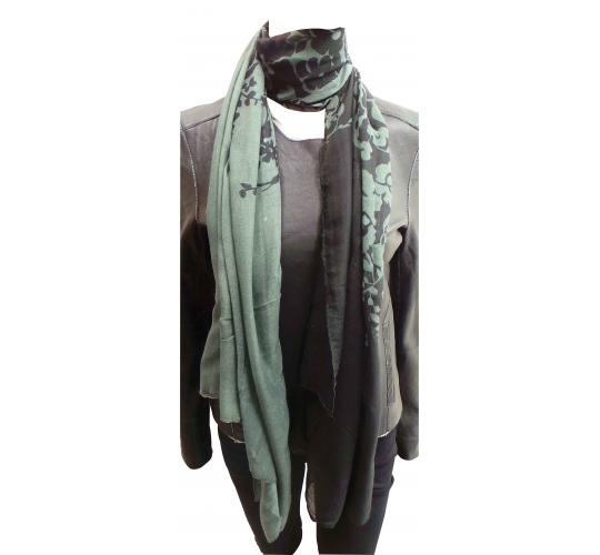 Wholesale Joblot of 24 Ladies Black/Grey Floral Decorated Scarves