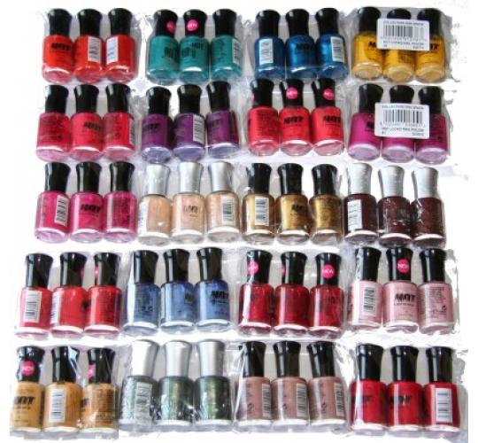 118 x Collection Hot Looks Fast Dry Nail Polish | RRP £150 | 19 shades