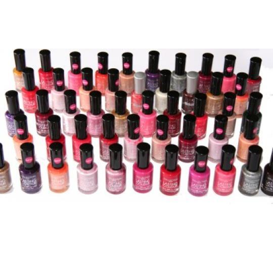 100 x Collection Lasting Colour Nail Polish