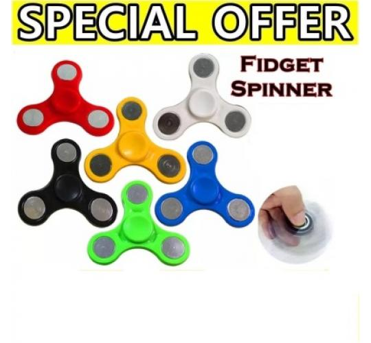 JOB LOT OF 100 Pieces Fidget Finger Hand New Spinner Focus Ultimate Spin Relieve Stress Toy New Mix