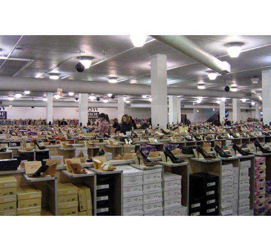 WHOLESALE MIXED PALLET - 100 PAIRS OF LADIES SHOES AND TRAINERS