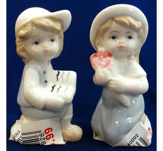 Wholesale Joblot Of 40 Madame Posh Figurines of A Boy And A Girl 40092