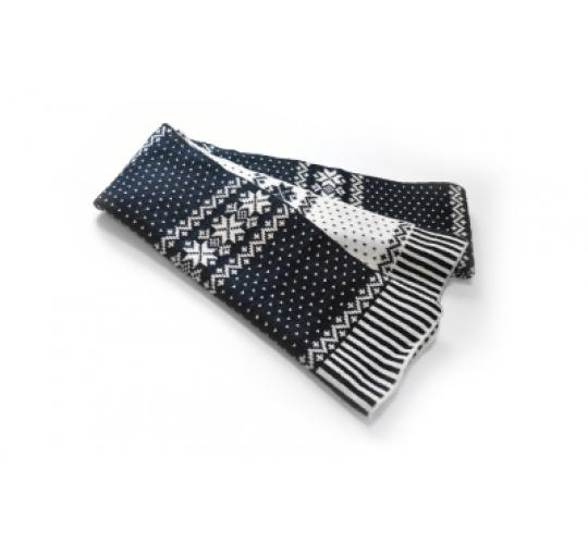 10 X Reversible Snowflack Black/White Scarves