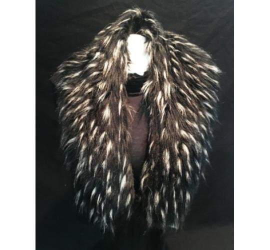 BLACK/WHITE FAUX FUR COLLAR