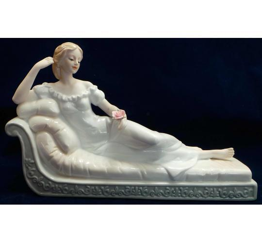 Wholesale Joblot of 10 Madame Posh Lady On Chaise Lounge Figurines