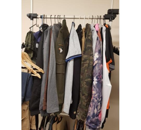 MIXED JOBLOT LADIES MENS CLOTHING 50+ UNITS