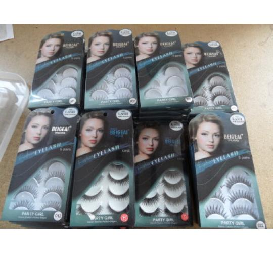 Joblot of 134 x Assortment of False Eyelashes - Soft Natural Strip Lashes - Wispy Extensions - Dramatic 3D Mink Volume - Mixed Selection - Make-Up