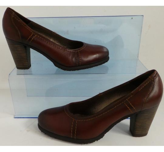 One Off Joblot of 9 Callaghan Ladies Sabrina Brown Leather Court Shoe Sizes 3-7