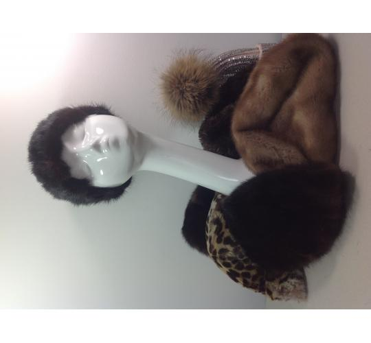 Job Lot of Real Fur Vintage Hats & Scarves Ref: Sku; Bag 1