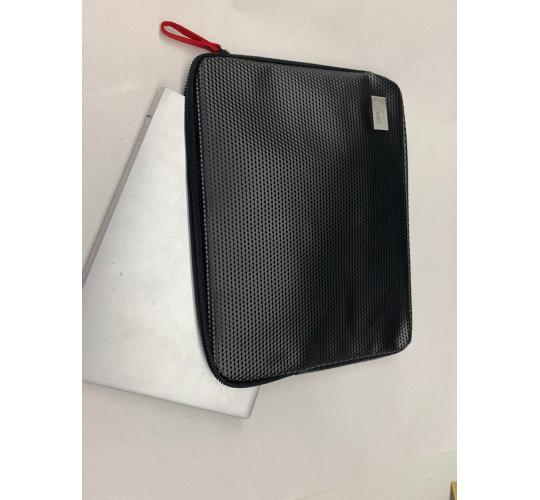HUGO BOSS LAPTOP SLEEVE BAG - 20 IN A LOT