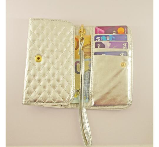 NEW Silver purse quilted faux leather, Ideal for Party nights or as a Bridal accessory