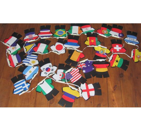 24 x packs of Football shirt flag bunting 32 countries on each set