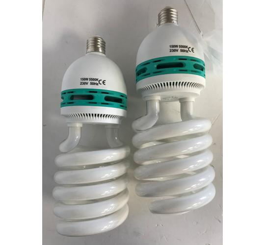 One Off Joblot of 30 Packs of 2 Photography Daylight Lighting Bulbs 150W 5500K