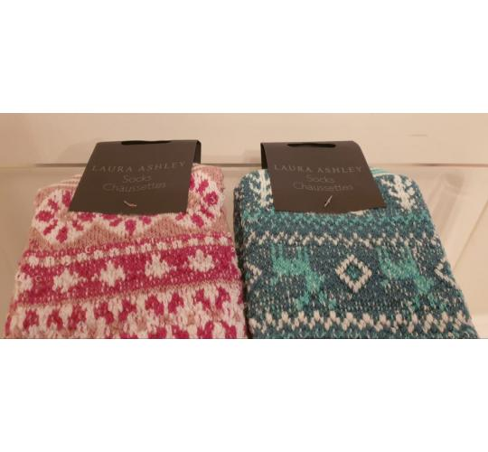 Laura Ashley Slipper Socks RRP: £20 On Ticket 100 pairs 2 colours