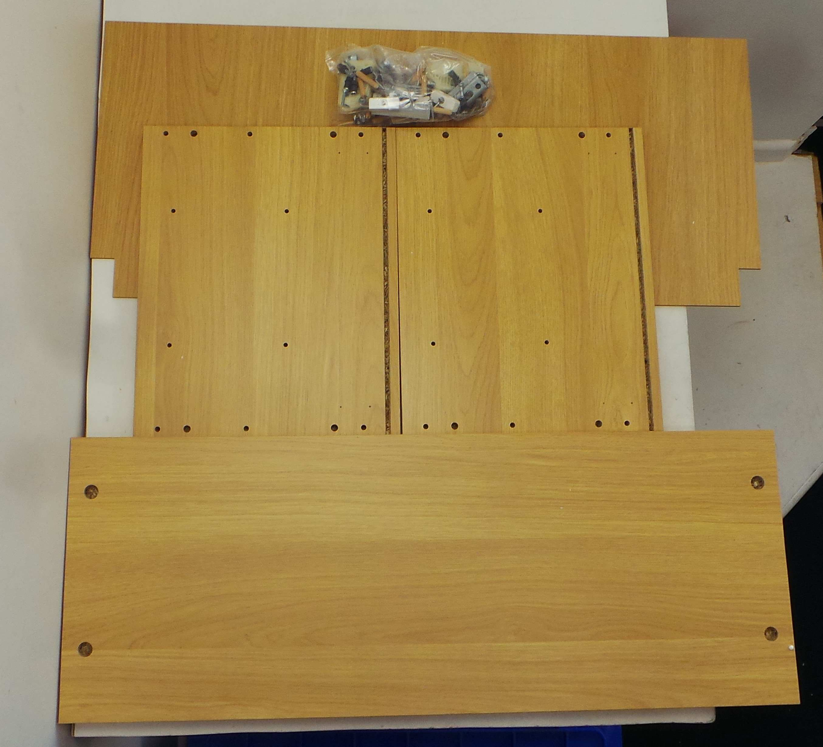 Mfi Kitchen Cabinets: One Off Joblot Of 58 800mm MFI Half Height Wall Cabinets